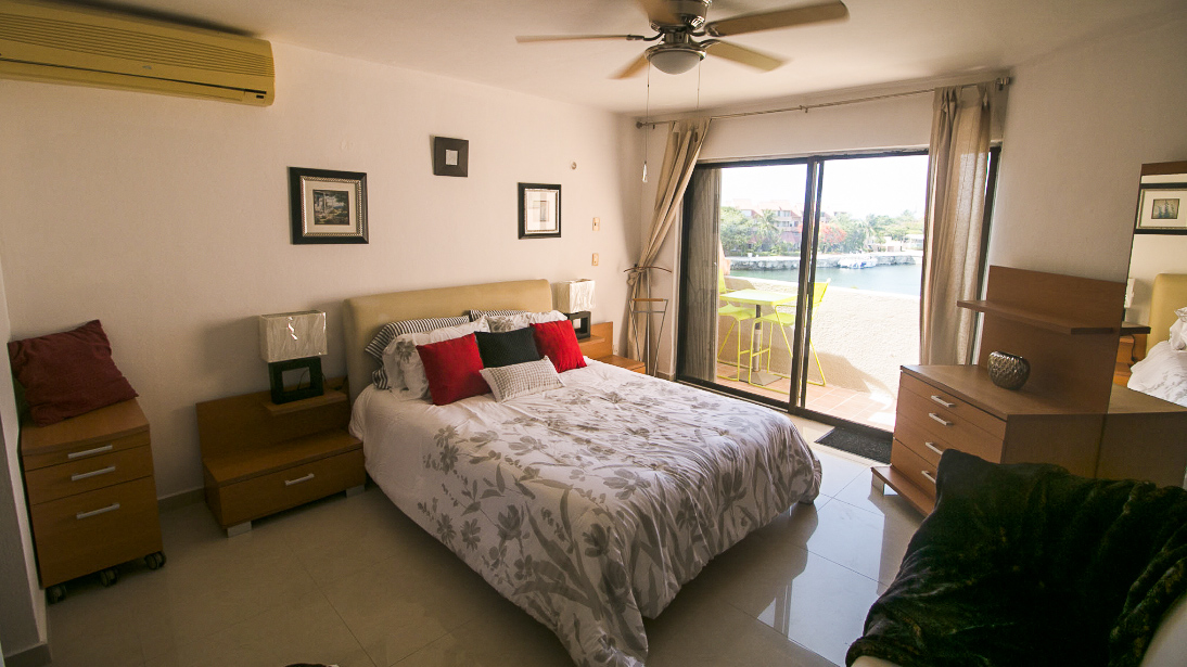 Master Bedroom in Penthouse in Puerto Aventuras