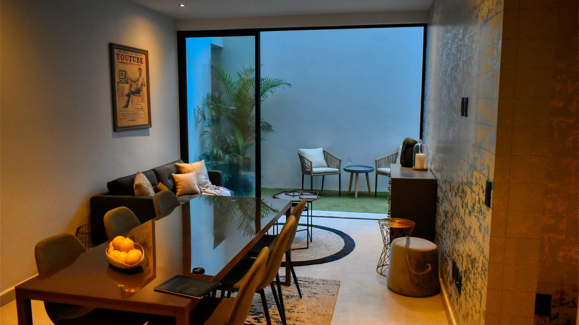 Invest in Mexico now, beautiful 2-bedroom condo for sale in Playa del Carmen