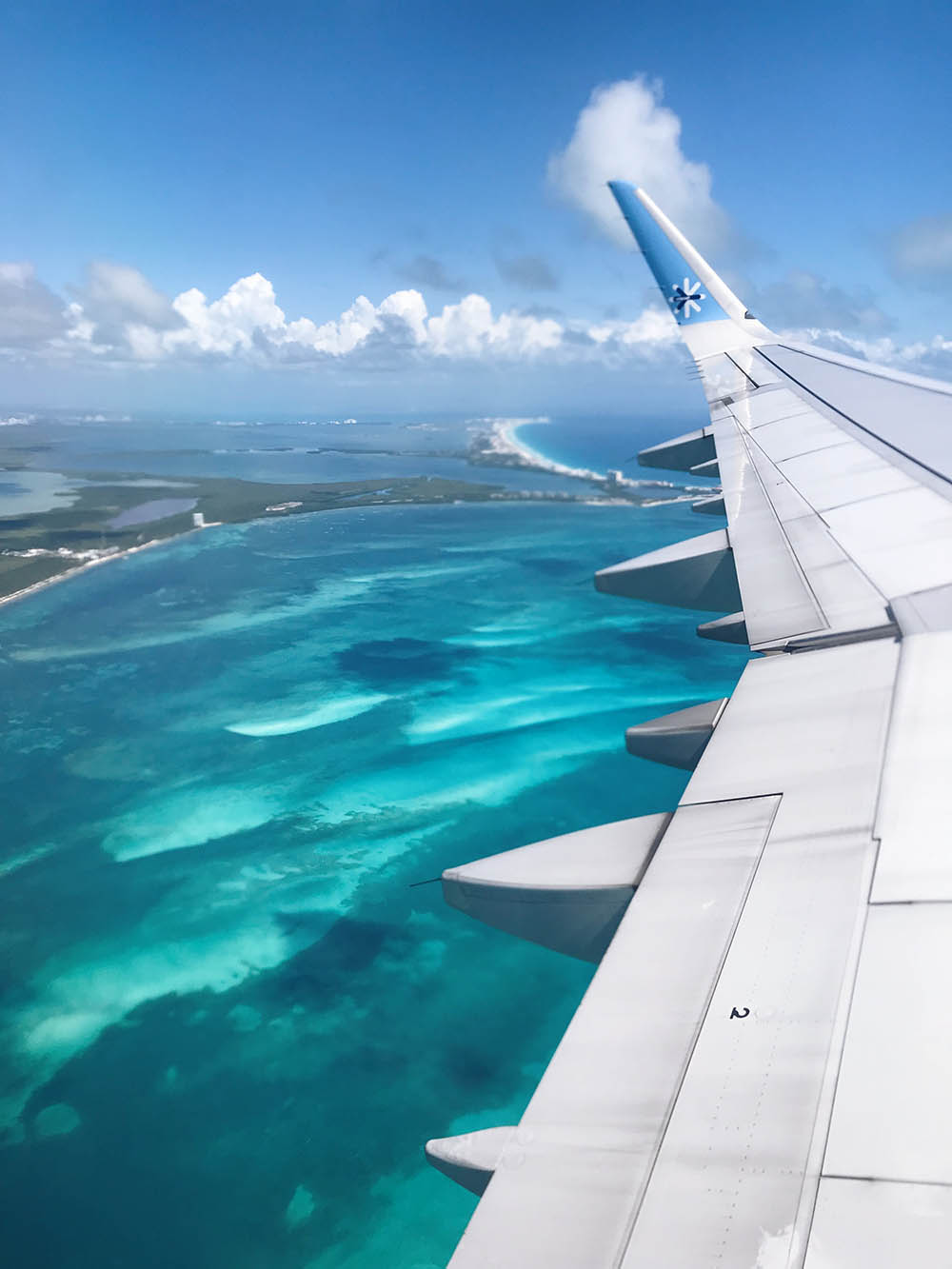 The activation of flights to the Mexican Caribbean has started