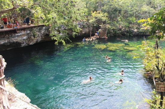 Cenote El Eden